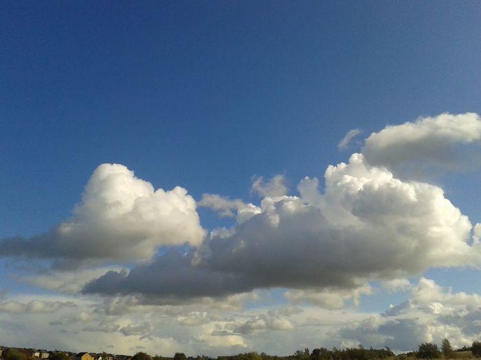 Beutefule sky over Beutefule Scotland