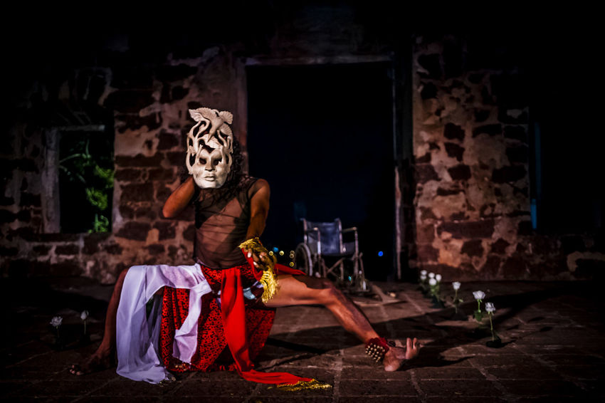 Art Artist Choreographer  Choreography Dancer Dancing Emotions Entertainment Expressions Feelings Historical Sites Human INDONESIA Indonesian Javanese Male Movements Night Show Outdoors People Performer  Performing Arts Ruins
