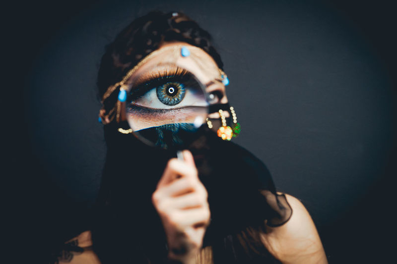 Adult Adults Only Close-up Futuristic Human Body Part Human Hand Innovation Magnifying Glass One Person People Technology Virtual Reality Simulator Women The Portraitist - 2017 EyeEm Awards