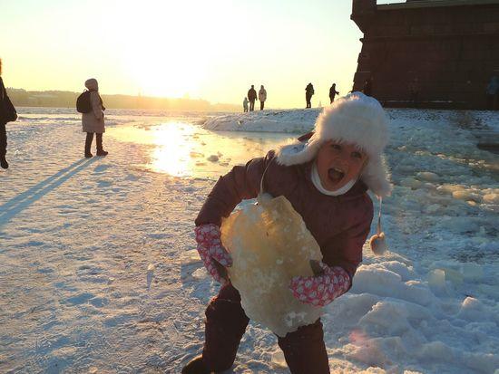 Hercules Iceberg Power In Nature Daughter Petropavlovskayafortress Sankt-peterburg Wintertime Happy Day☺ Ice On River Neva -30°C The Portraitist - 2016 EyeEm Awards Girl Power