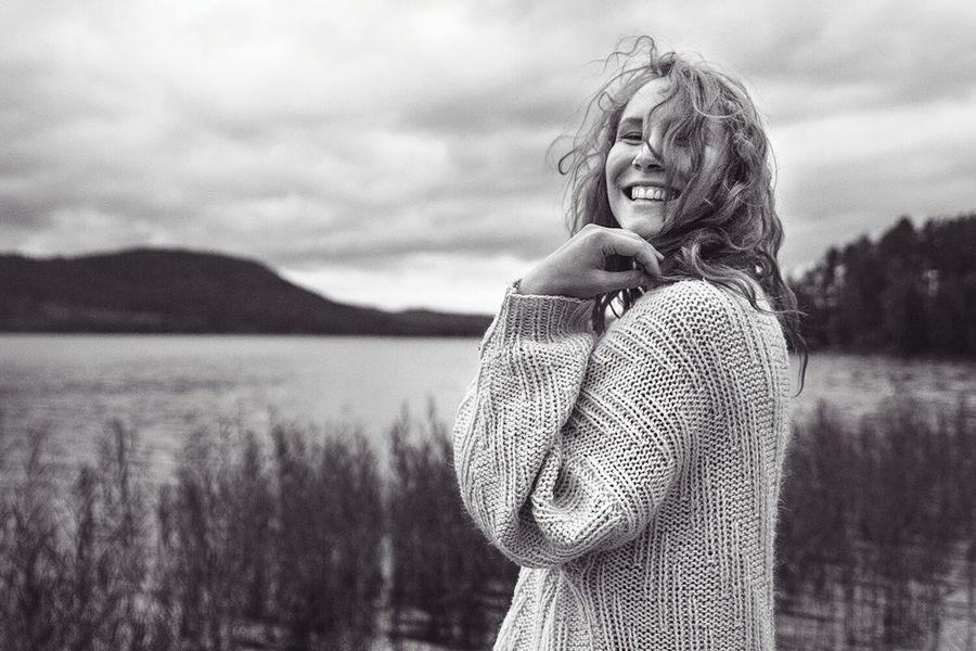 Sweden Dalarna Lake Portrait Woman Blackandwhite Photography Serenity Beautiful Smile Autumn The Portraitist - 2016 EyeEm Awards