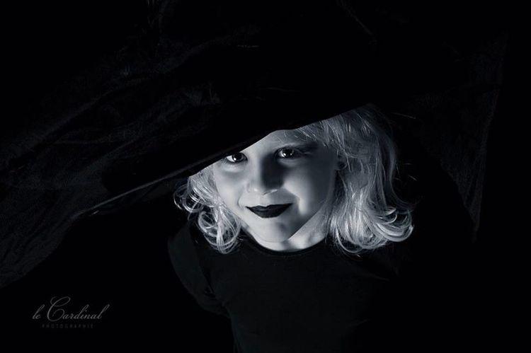 Blackandwhite Kids Witch