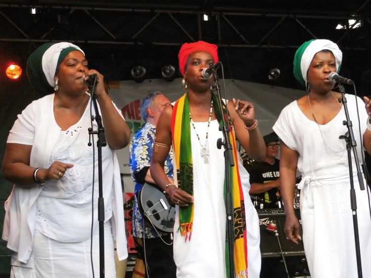 Awesome Performance Concert Getting Inspired Enjoying Life ReggaeAwesome Performance Festival Party Time! Life Music Color