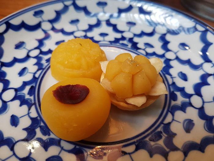 Thai Sweet Thaisweet จ่ามงกุฏ ทองเอก ขนมไทย Dessert Tablecloth Homemade Table Close-up Sweet Food Food And Drink Tart - Dessert