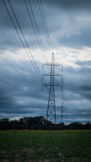 Campo El Pardo Green Color Madrid Tower Bridge  Beauty In Nature Cable Cloud - Sky Connection Dusk Electrical Equipment Electricity  Electricity  Electricity Pylon Field Flock Of Birds Forest Fuel And Power Generation Land Nature Outdoors Power Supply Sky Torre Alta Tension Tranquil Scene