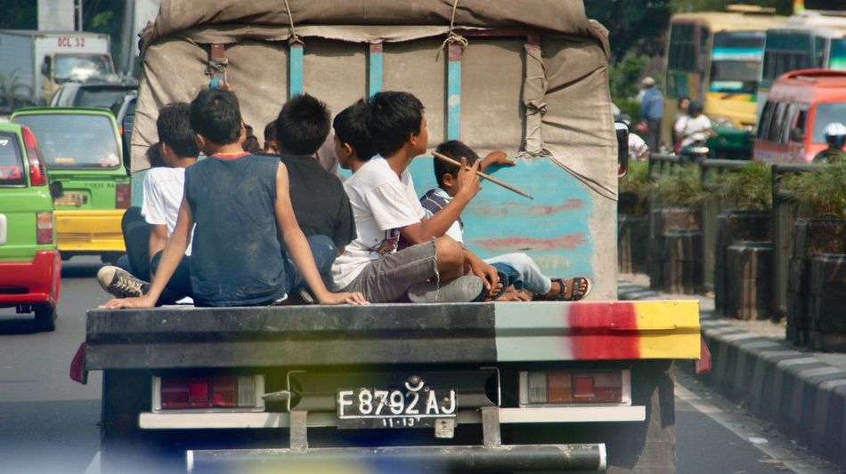 Way Of Transport Sitting Comfortably ? Pick Up Truck Real People Men Outdoors People Street Photography Togetherness