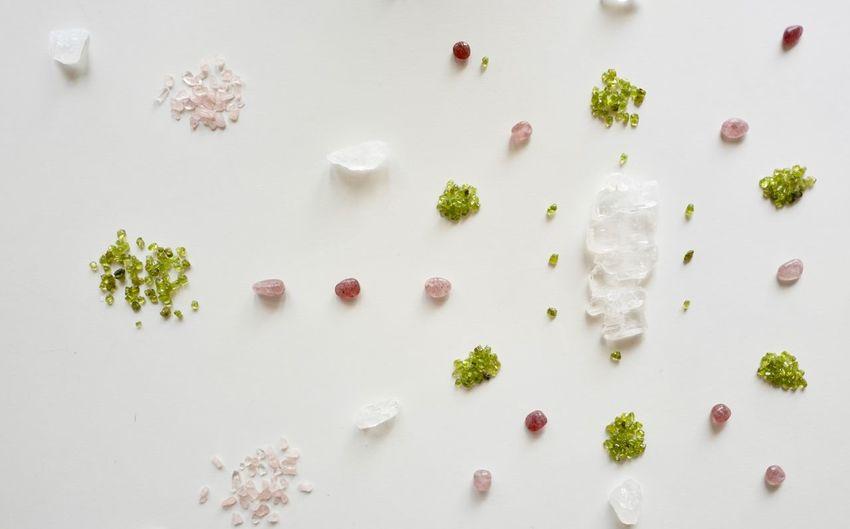EyeEm Selects Crystal Mandala Crystal Mandala Clear Quartz Kaleidoscope Pattern Kaleidoscope Pattern Rose Quartz Peridot Strawberry Quartz Faden Quartz Healing Healing Arts Mandalas Therapy The Week On EyeEm Grid