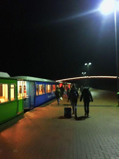 Kids Train Station Traveling Off To Langeoog Arriving Langeoo15