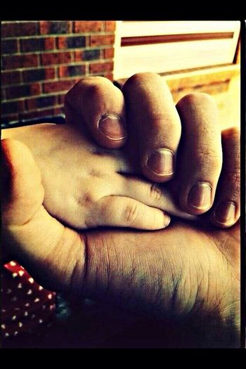 RePicture Family Neice Holding Hands My Family Is Irreplacable My Favorite Photo