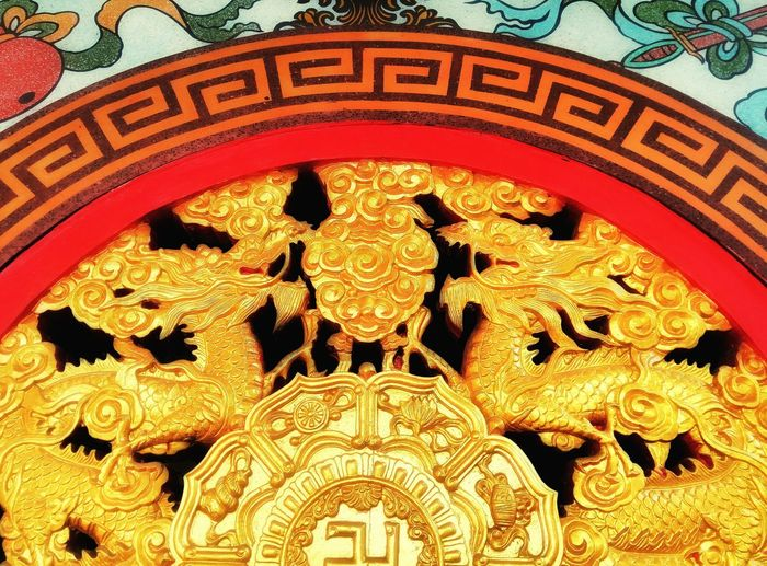Full Frame Design Pattern Backgrounds Indoors  Close-up Art Of Culture Wall Chrine Chinese Dragon Gold Architecture