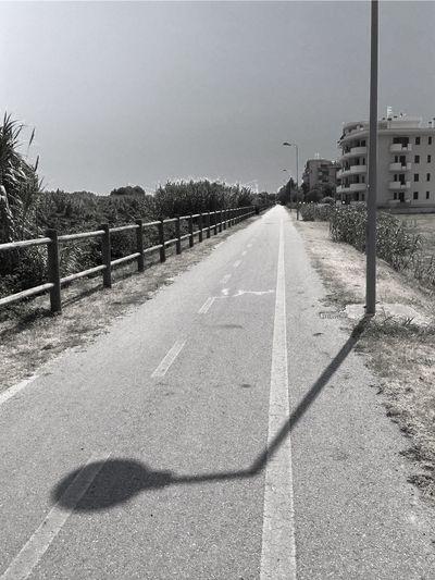 Lack of joy NEM Black&white Black & White IPhoneography Shootermag Blackandwhite AMPt_community Street Photography Silhouette Open Edit Italianeography