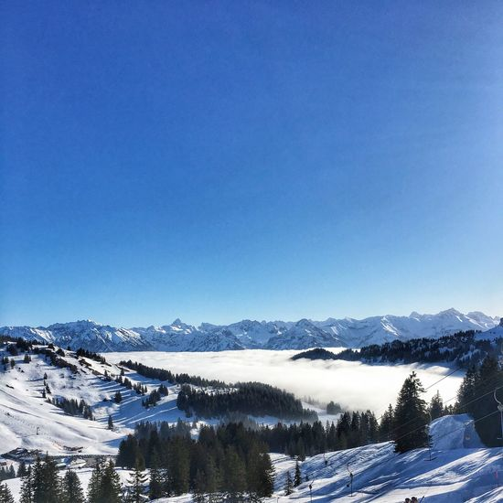 Skifahren im Sonnenschein / Skiing in the sunshine Nature Beauty In Nature Mountain Range Outdoors Landscape Clear Sky Day Snowcapped Mountain No People Sky Scenics Tranquility Tree