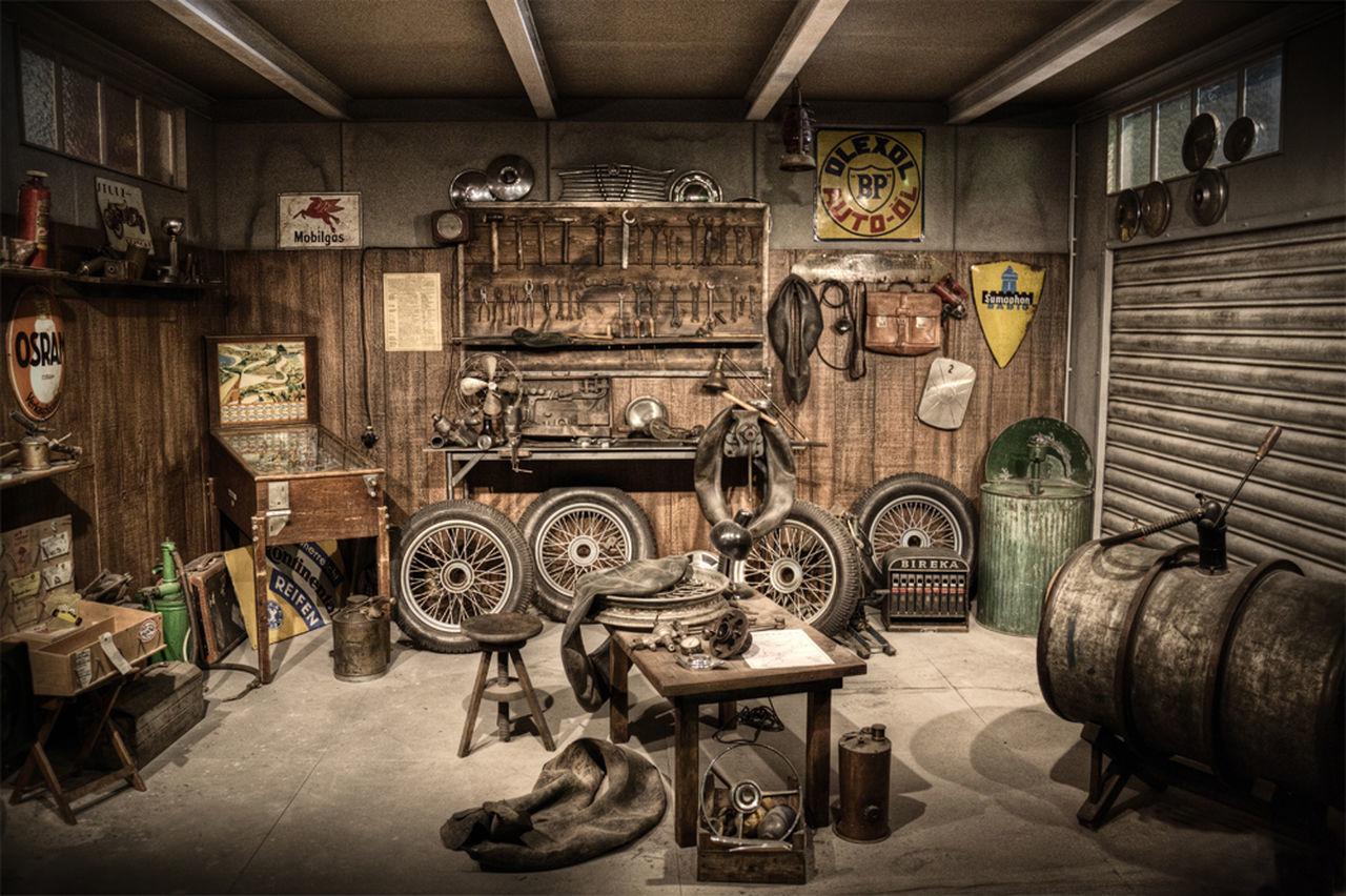 Oldschool garage motorcycle car motorrad auto eyeem for Garage market cars montpellier