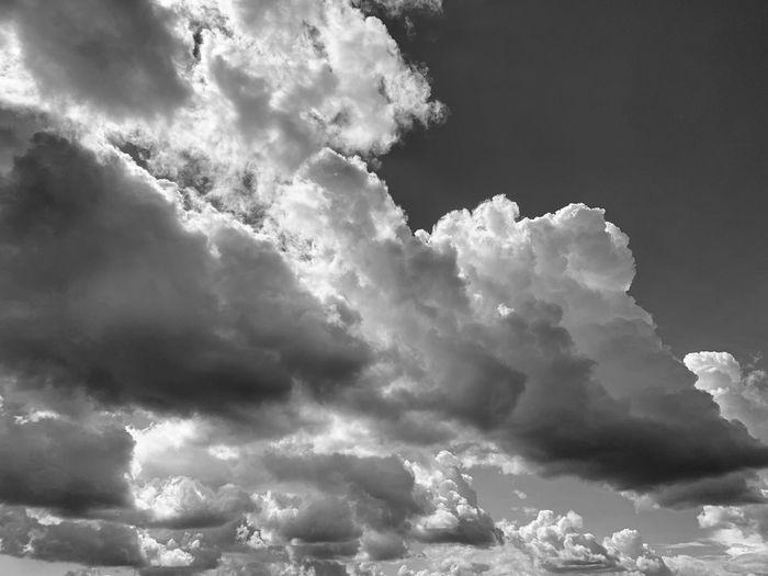 Cloues Cloud -