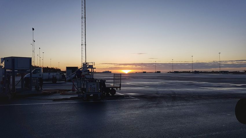 Sunset Sky Sun Tranquil Scene Winter Cold Temperature Sweden Samsungphotography Gothenburg Airport Life Airport Photography Sky_collection Dramatic Sky Airportphotography Apron Showcase: December