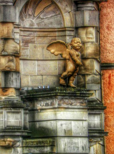 Shoot, Share, Learn - EyeEm Glasgow Meetup Statue Cherub