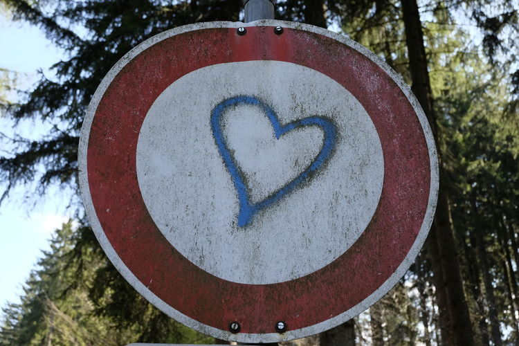 Close-up Communication Heart Shape Heart ❤ Love ♥ No People Road Sign Sighn