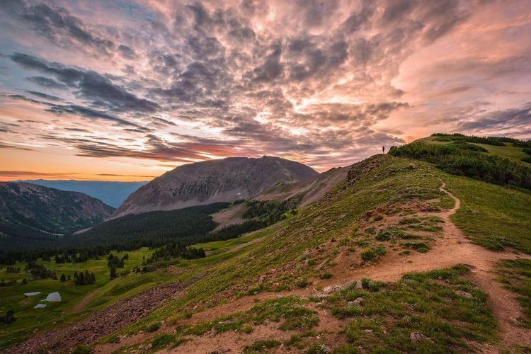 Landscapephotography Sunrise Mountains Hiking Colorado Eaglesnestwilderness
