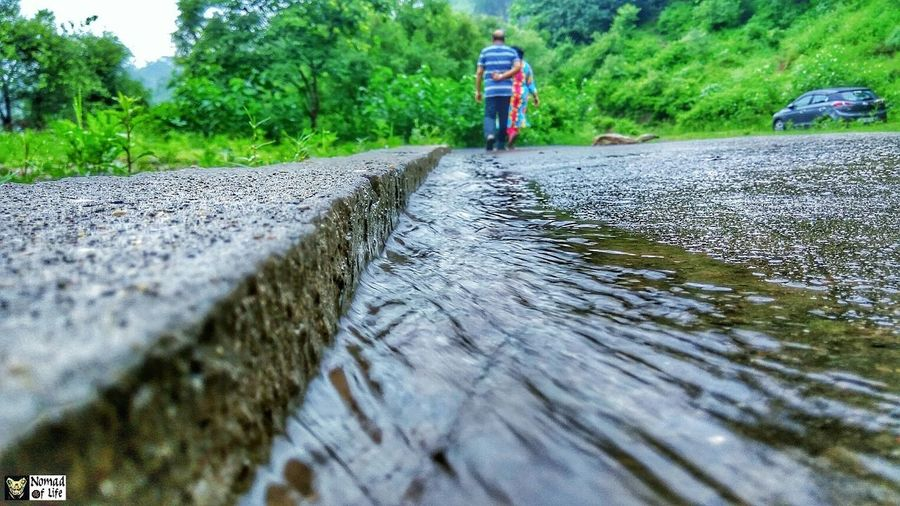 Longdrive in the rain 🇮🇳... One Person Rear View Walking Nature Day Full Length Real People Water Outdoors People Adult Adults Only One Man Only Sky Only Men Shotoftheday Photo Shoot Photography Raincollection Rainy Season Rainy Days☔ Longdrive Closeup Closeup Photography Nature_collection