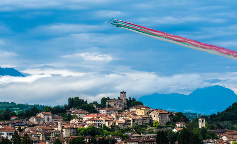 Acrobatic Flight Airplane Feltre Frecce Tricolori Sky