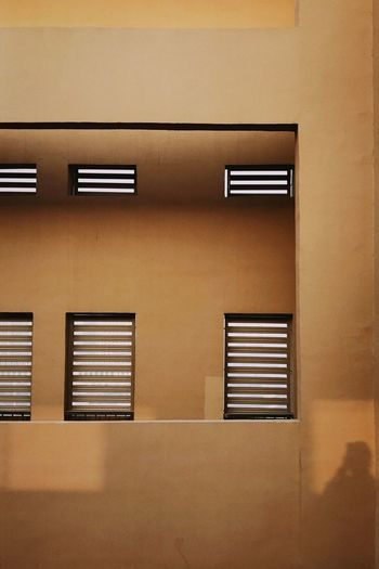 NOMO IPhone7Plus 男仔很忙 NikonD810 Window No People Architecture Built Structure Wall - Building Feature Closed Full Frame Pattern Building Exterior Shutter Brown Day Building Geometric Shape Blinds Repetition Backgrounds Close-up Elevator