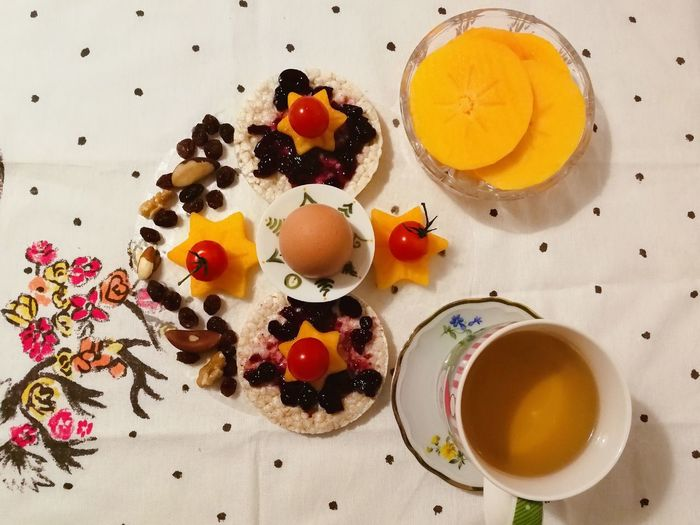 Healthy Lifestyle #creative Design EyeEm Selects Creative Light and Shadow Premium Premium Collection Foodstyling Egg Yolk Fruit Multi Colored Close-up Sweet Food Food And Drink Blueberry Raisin A New Perspective On Life EyeEmNewHere