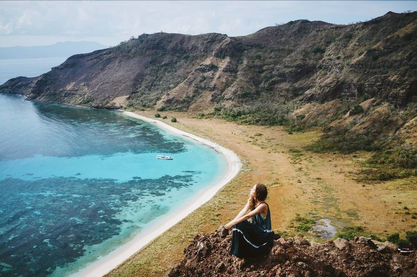 going east ⛵️ INDONESIA Nusa Tenggara Barat Sumbawa Komodo Island Trekking Traveling Girl Young Woman Hilltop Mountain Water Sea Tranquil Scene Vacations Scenics Tourism High Angle View Travel Idyllic Blue Turquoise Grassland Hills Southeastasia The Great Outdoors - 2017 EyeEm Awards Sommergefühle Been There. Lost In The Landscape An Eye For Travel
