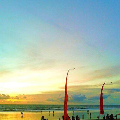 Sunset in paradise Bali INDONESIA Instalike Sky Sky_specialist Skymadness Photooftheday Picoftheday Instahub Instasunda Instapic Instadaily Instatoday Igers Instanesia Instafollow Instafamous IGDaily Instanusantarabali Ighub Igmasters Instanusantara Photosunday