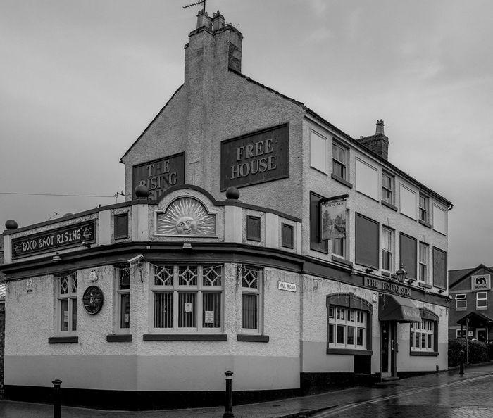The Rising Sun, Mill Street, Wellingborough Architecture FUJIFILM X-T2 Town Monochrome Photography Black And White Monochrome Urban Northamptonshire Wellingborough Street Northampton Pubs Pubs