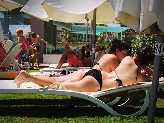 Relaxing Enjoying Life Beauty Butts Sunbathing