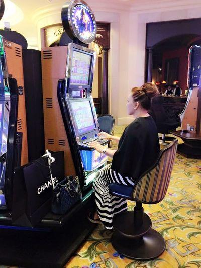 Pay To Lose That's Me Im Not A Gambler Having Fun The Venezia Las Vegas city of dream (false dream) Hanging Out Enjoying Life World Traveller