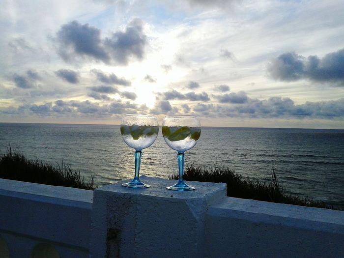 Gintime Friends Relaxing Taking Photos Goodlife❤ Hello World Gintonic Ginandtonics Beach Endofday Revitalizing