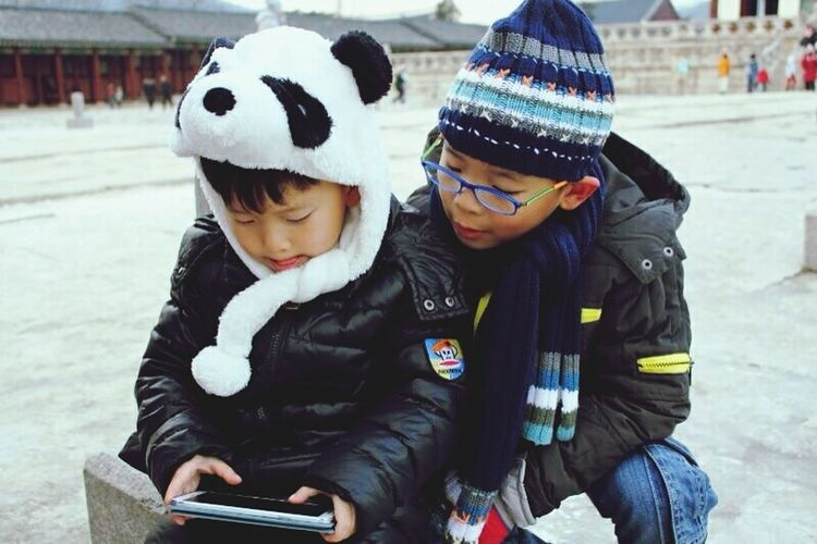 Brotherly love Brothers Brotherhood Brothers For Life Games For Children Companion Guidance Family Matters Brotherly Love Family Vacation Holdinghands Family ❤ Cold Winter ❄⛄ Pandan