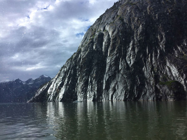 Exploring Alaska's Coastal Wilderness Entdecken der Natur an Alaskas Süostküste Admiralty Island Alaska Is Where I'm At Beauty In Nature Cloud - Sky Day Evening Sunset Mountain Nature No People Outdoors Rain Rock Formation Scenery Scenics Sky Tranquility Water Water Reflections Waterfront