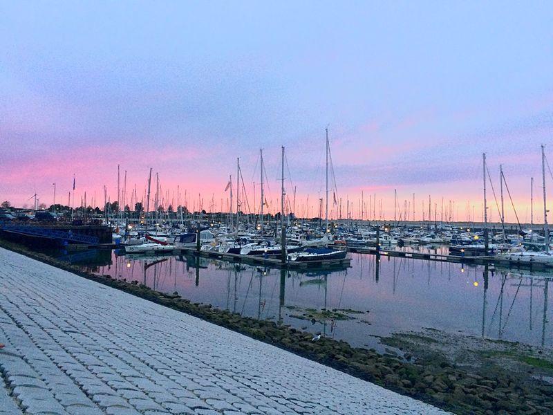 Water Netherlands Pink Sky Harbor Holydays Summer Moored Dusk Millennial Pink