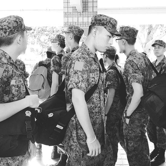 Son Going Into Camp Army Camp Sg_streetphotography Streetphotography Bnwstreetphotography Bnwsingapore Bnwphotography Singapore Pasir Ris Bus Interchange Camo Uniform