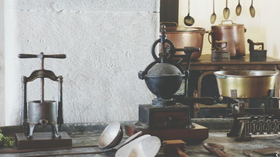 Kitchen Home Interior Domestic Room Day Antique Old-fashioned Kitchen Utensil Group Of Objects Kitchen Decoration Kitchen Utensils Arrangement Kitchen Things Variation Wood - Material