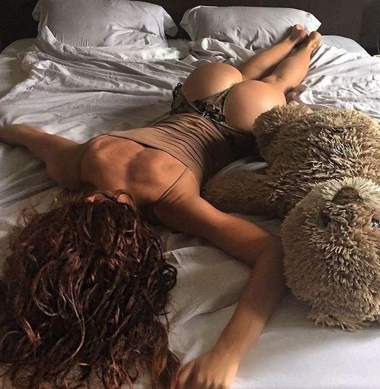 Girls and teddy bears 😉