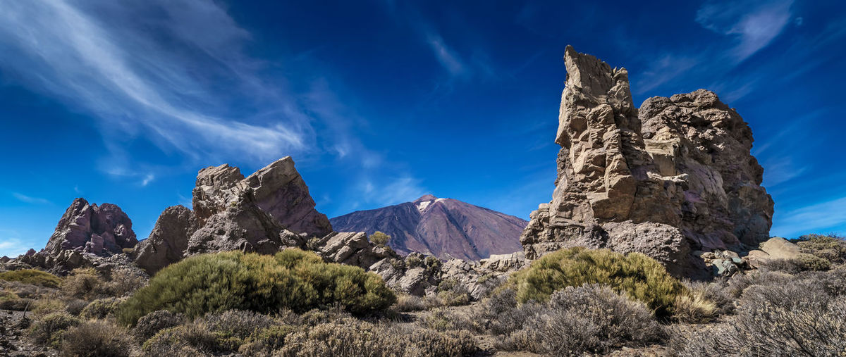 Teide Nationalpark. Like often, i can't say what i like more: color or black an white. Teide National Park Beauty In Nature Cloud - Sky Geology Mountain Mountain Peak Mountain Range Nature No People Non-urban Scene Plant Rock Rock - Object Rock Formation Scenics - Nature Solid Teide Tenerife Tranquil Scene Tranquility