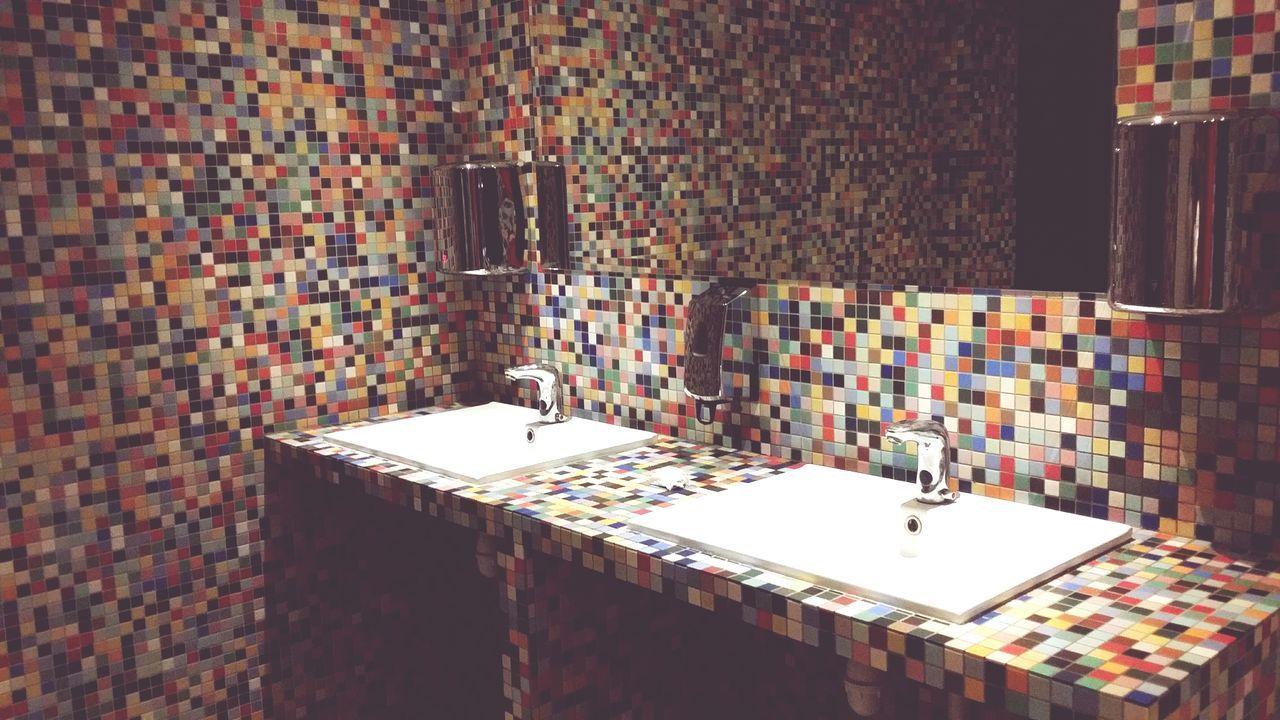 indoors, bathroom, architecture, no people, home showcase interior, day, bathroom sink