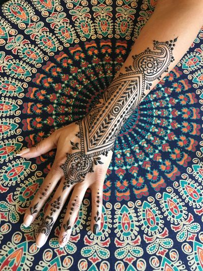 Catherinelentdesign HennaPattern Human Hand ThatsMe Hennaart Henna Tattoo Henna Art Henna Design EyeEm Gallery Eyeem Market EyeEmBestPics Bestoftheday EyeEm Best Shots Bodyart EyeEm Art Collection