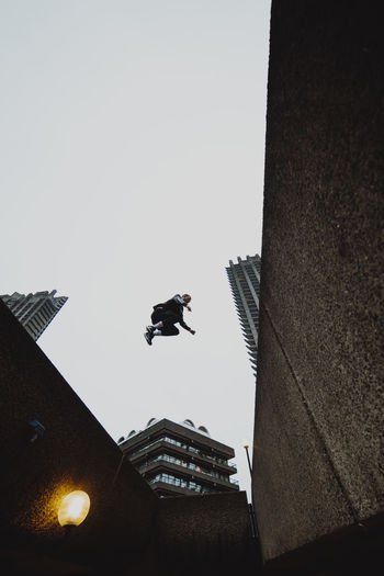 Barbican Parkour EyeEm Architecture Architecture Brutalism EyeEm Best Shots Enjoying Life Check This Out Taking Photos Exploring Explore Building Exterior Sky Skyscraper Low Angle View Outdoors Mid-air Built Structure Building Clear Sky Day London Streetphotography City City Life