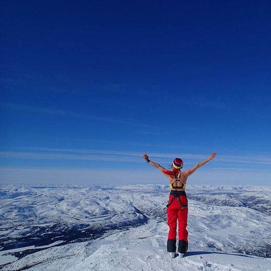😎😎😎😎comPLetE frEedOm😎😎😎😎 Gaustatoppen Rjukan Telemark Visittelemark Thebestofnorway I_love_norway Highlightsnorway Dreamchasersnorway Mountainsofnorway Landscapesofnorway Loves_mountains Loves_landscape Splendid_mountains Sportaddict Topless Norrona Outdoorwomen Sportgirl Lifeisgood Mylifemyadventure Ig_neverstopexploring Backcountryskiing Topptur Iloveskiing Ridewithaview wu_norway freeasabird cannotgetenough winterwonderland karitraa