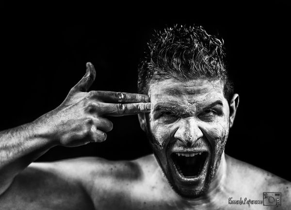 Crank .. Crank Psycho Photography Actor Angry Black And White Finger Black & White Men Paint Painting Taking Photos Art Art, Drawing, Creativity People Photooftheday EyeEm Best Shots EyeEm Gallery Film