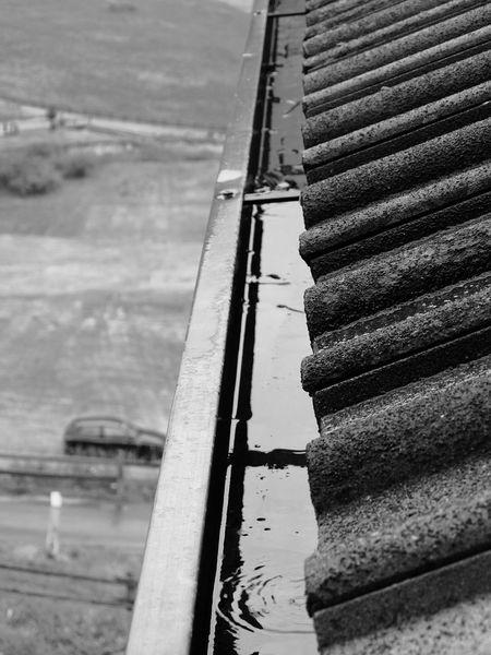 Tell me which one you prefer! =) Rainy day -> Experimenting some b&w stuff. Part 3 Livigno Valtellina Alps Mountains The Purist (no Edit, No Filter) Rainy Day Raindrops Blackandwhite Fujifilm Fujifilm XQ2