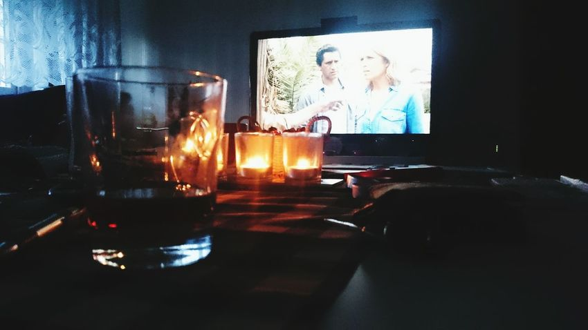 Fear The Walking Dead Watching A Movie Relaxing Taking Photos Watching Tv Series Scotch Whisky Whiskey Shadows & Lights Sony Xperia Z3 Mysmartphonelife