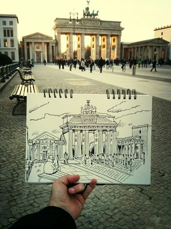 finally i got to draw the Branderburgertor in Berlin / Drawing Illustration