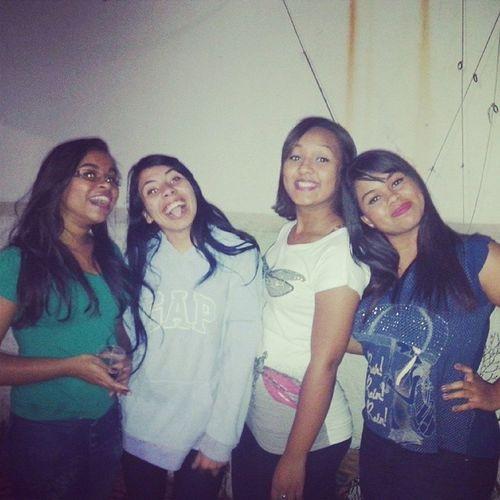 Eu amo mt vcs <3 Picoftheday Irmasamigas Friends Family sisters love