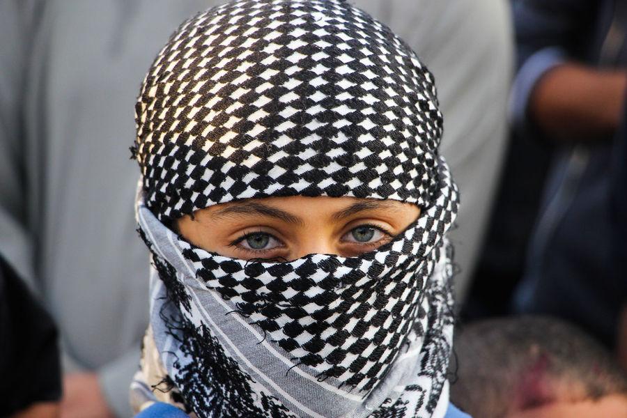 طفل مشارك بمسيرة دعماً لانتفاضة القدس - Associate kid march in support of the uprising Jerusalem Gaza Gaza-Palestine Photo القدس تصوير  تصويري  صور صورة غزة