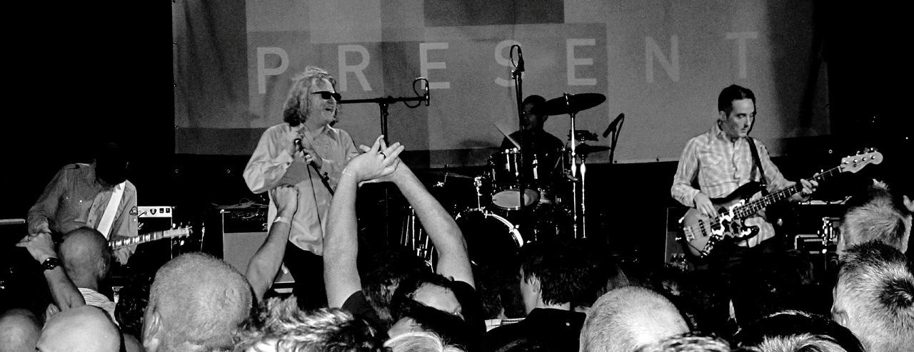 For The Love Of Music Cud performing live at the Holmfirth Hippodrome in 2012. Lot's of baldy heads in the crowd in this shot but the singer kept his hair! Music Festival Indierock Music Crowd Handsintheair Festival Blackandwhite Arts Culture And Entertainment